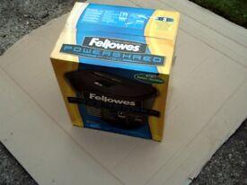 NEW FELLOWS POWERSHRED SHREDDER.