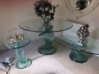 Beautiful glass dining table with matching lamp and coffee table. In very good condition.
