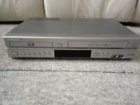 SAMSUNG DVD/VCR COMBI. SV-DVD30. VERY GOOD CONDITION.