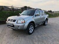 Nissan navara diesel 4WD pickup truck for sale,low mileage,full service history,MOT,drives perfect.