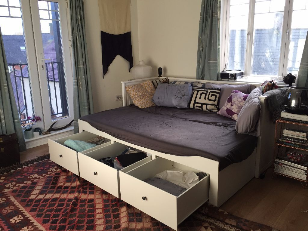 ikea hemnes 3 drawer daybed w 2 mattresses protectors sheets ikea hemnes 3 drawer daybed w