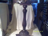 "A CHUNKY PEDESTAL TABLE , in "" THICK "" WOOD , ATTRACTIVE DESIGN , £ 25. only+++"