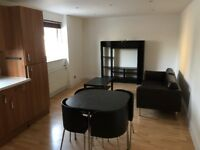 Elephant & Castle SE1. Redecorated Light, Spacious & Modern 2 Bed 2 Bath Furnished Flat with Balcony
