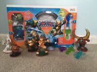 Skylanders wii games and figures bundle