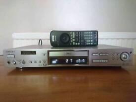 Sony DVP-S735D DVD player