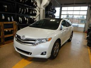 2016 Toyota Venza XLE Redwood Edition