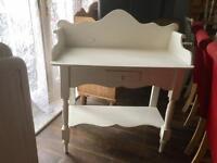 Dressing table/desk