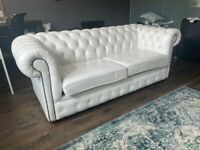 STUNNING WHITE LEATHER CHESTERFIELD SOFA BED WITH FUTON