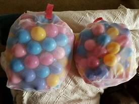 230 kids colourful ball pit balls