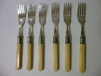 VINTAGE STYLE FISH FORKS & KNIFES