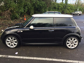 """2004 1.6 Mini Cooper in Black with Aircon, 17"""" Alloys, 2 Keys, 57k Miles, Tinted"""