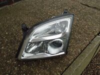 VAUXHALL SIGNUM VECTRA C 02-05 PASSENGER HEADLIGHT LEFT SIDE