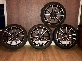 "Fox 18"" alloy wheels"