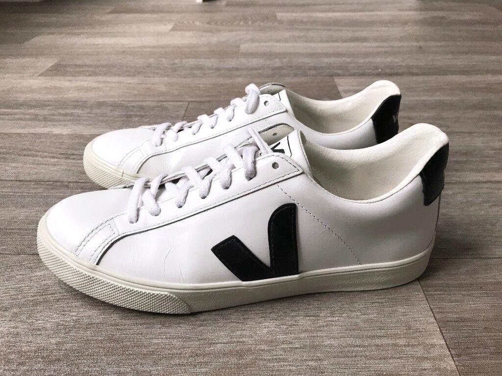 d94f1c7c75 Veja Esplar Leather White   Black Sneakers