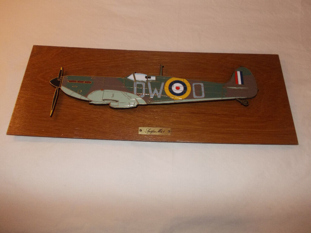 Spitfire Mk 1 Battle of Britain Commemorative Wall Plaque