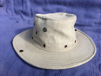 ANTHONY GRAHAM OUTDOOR HAT