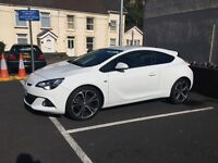 BARGAIN - Vauxhall Astra GTC (LIMITED EDITION)