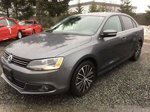 2013 Volkswagen Jetta Highline Auto (with leather seats)
