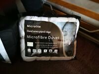 Good quality single micro fibre duvet- hardly used