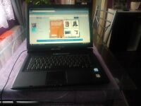 LAPTOP ASUS 15.6 inch, WINDOWS VISTA 2GB RAM 120HD,DVD-RW