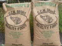 CHICKEN FEED £7.95 PER BAG