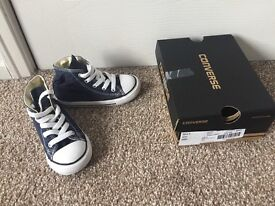 Infant converse high tops navy size 8