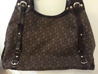 Beautiful genuine DKNY handbag in very good condition as not used much