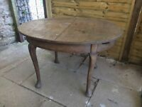 Wooden dining room table - ideal for upcycling - FREE
