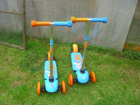 CHILD'S TWIST AND TURN SCOOTER
