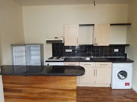 Two bedroom flat available to rent in St Pauls