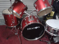 DRUM KIT 5 PEICE --STANDS AND CYMBALS RED VERY GOOD CONDTION --NEED TO GO