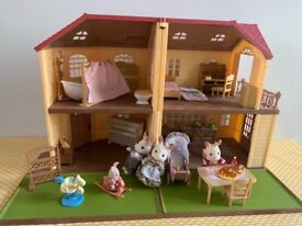 Sylvanian families house inc all furniture and rabbit family