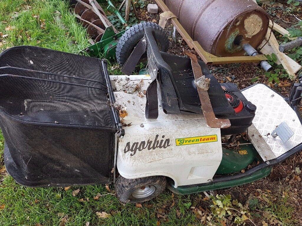 ride on lawnmower , pull start, engine runs, stoped using it 2 years ago
