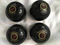 Thomas Taylor bowls