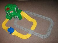 'LITTLE TIKES' LARGE MOUNTAIN ROAD & RAIL SET