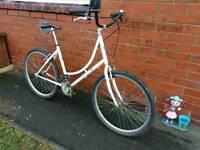 Ladies white Viking city bike £40.00