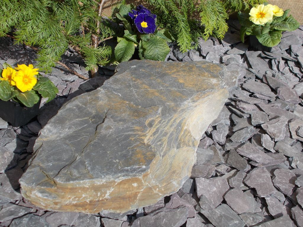 welsh rustic slate rocks and slabs for garden decor landscaping