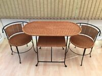 Lovely Wicker table with Metal Strong Framed Legs 2 Interlocking chairs Balcony-Patio-Studio Flat