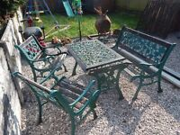 Cast iron garden furniture / Patio / Outdoor furniture / Metal / Wrought iron / Victorian / Vintage