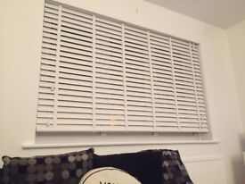 Brand new white gloss shutter blind w171x106d