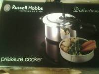 RUSSELL HOBS 4ltr PRESSURE COOKER