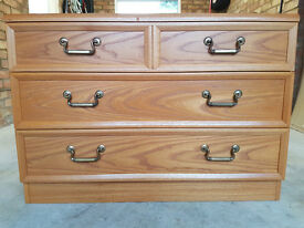 Good Condition Chest of Drawers Set of 2 and Computer Desk