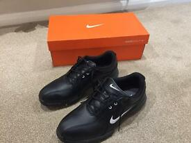 Nike Black Golf Shoes size 9