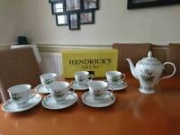 Hendricks Gin tea set with 6 cups and saucers