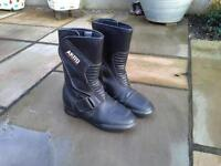 LADIES LEATHER MOTORCYCLE BOOTS FOR SALE