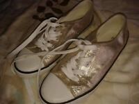 Size 4 Casual trainers/pumps, not Converse