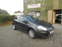 2009 FIAT GRANDE PUNTO 5 DOOR VERY CLEAN INSIDE AND OUT LOW RUNNING COSTS MUST BE SEEN AND DRIVEN