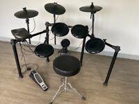 Alesis Nitro eight piece drum kit