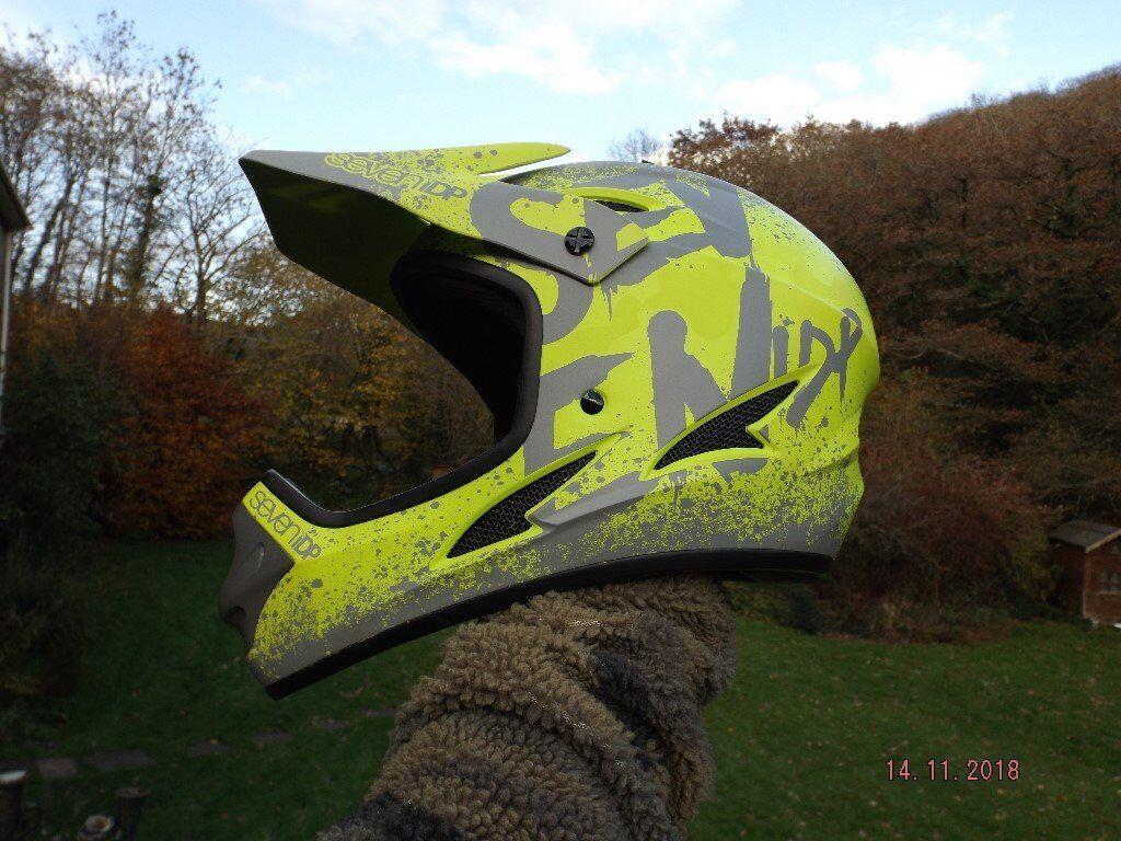 Mountain Bike Full Face Helmet Seven Idp Size Large Perfect