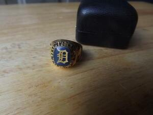 "FS: Detroit Tiger ""Team Logo"" Large Classic Ring London Ontario image 1"